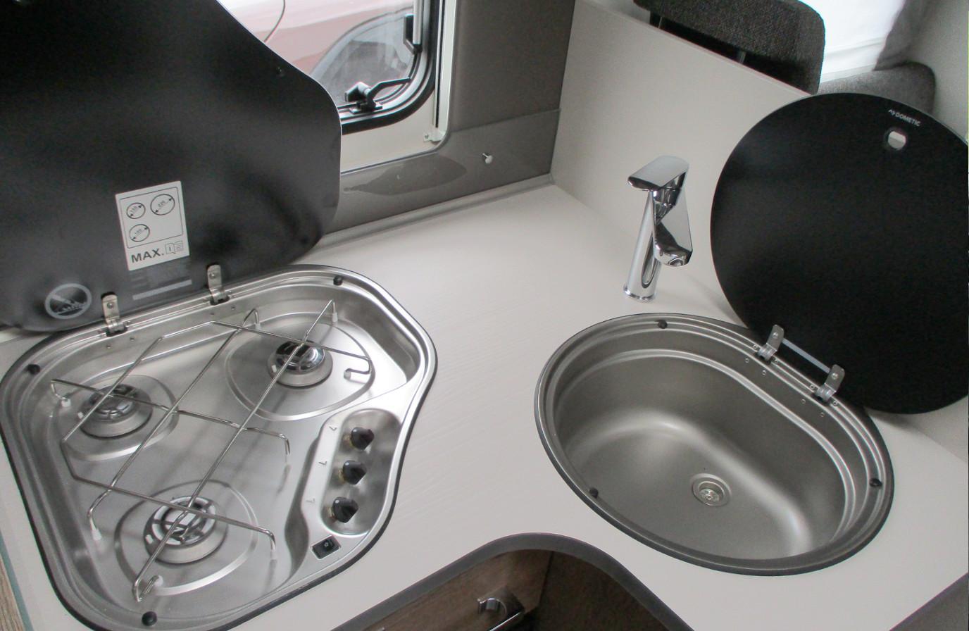 Mietwohnmobil Dethleffs Trend - Küchenzeile