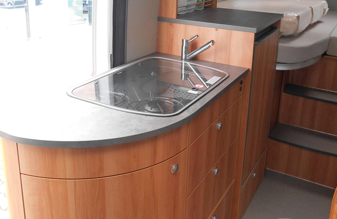 Wohnmobil mieten - Summit 640 - Küchenzeile