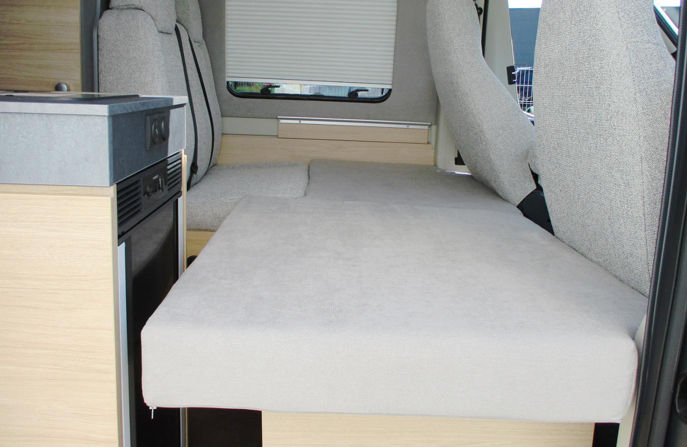 Wohnmobil mieten - Summit 640 - 3. Schlafplatz